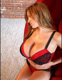 Sweet Jordan with 32HH bust size poses in lingerie